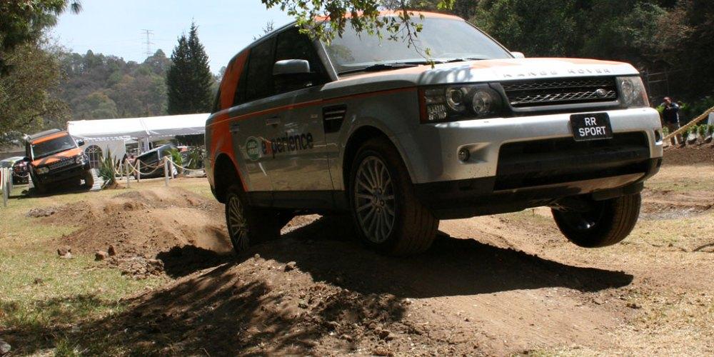 Land Rover Experience en el Salón de la Elegancia