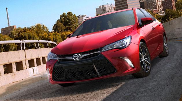 Toyota presenta cambios para el Camry en Nueva York
