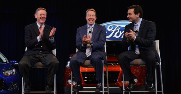 Alan Mulally, Bill Ford y Mark Fields.