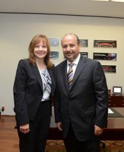 Mary Barra y Ernesto M. Hdz