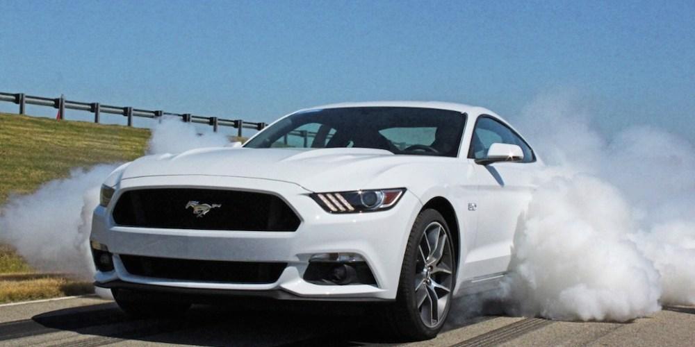 Ford acelera a fondo y va con todo por los autos eléctricos