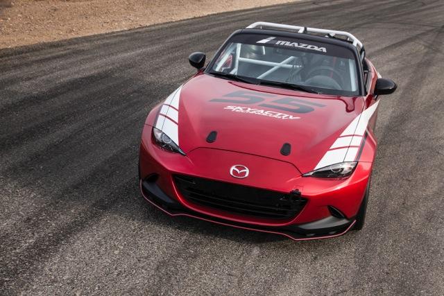 Un derroche de adrenalina es esta versión racing del MX-5.