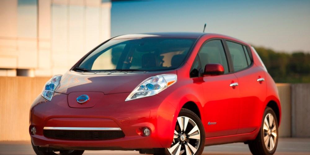 """Nissan LEAF obtiene el título de """"probado y aprobado"""""""