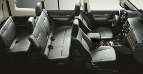 Hasta siete pasajeros pueden viajar cómodamente en este vehículo.