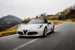 Alfa-Romeo-4C-Spider-2016-42