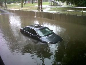 auto-inundado