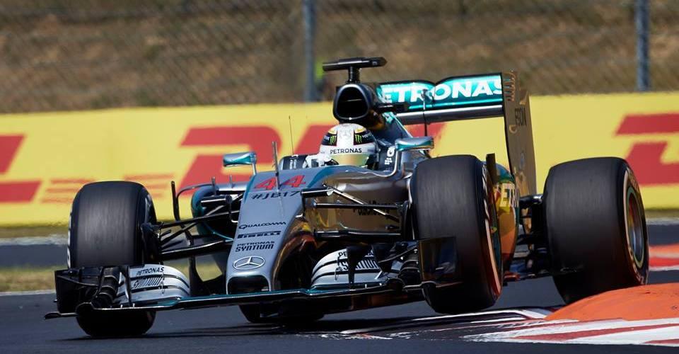 Hamilton consigue la pole en Hungría con más de medio segundo de ventaja