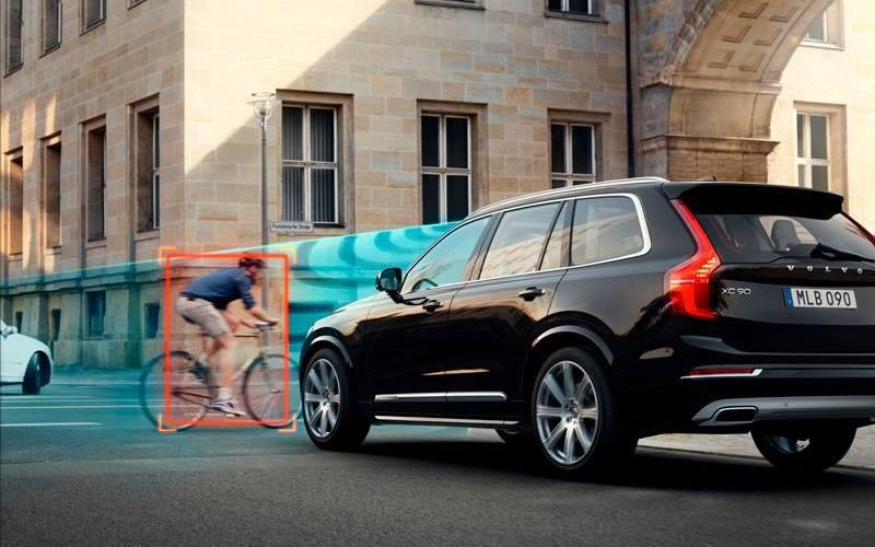 Volvo Cars + Autoliv = Drive Me