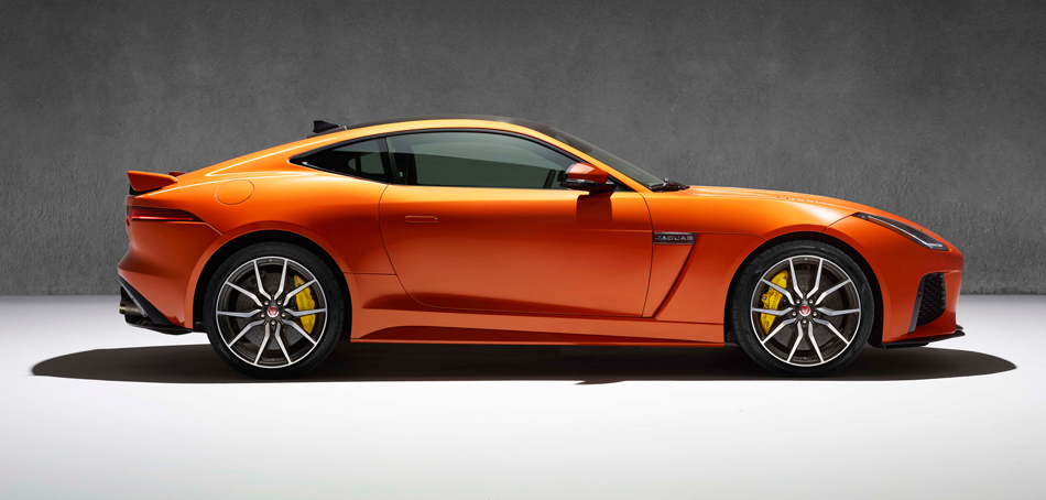 JAGUAR_F-TYPE_SVR_40_COUPE_Studio