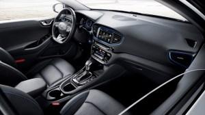 IONIQ A Leap Forward for Hybrid Vehicles_interior
