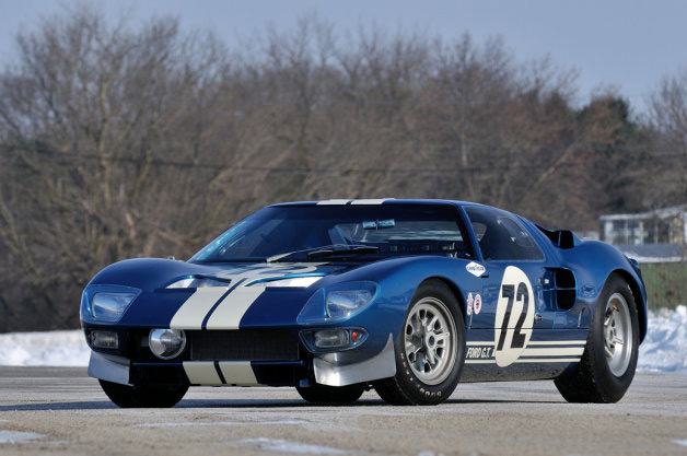 1964-Ford-GT40-Prototype-013