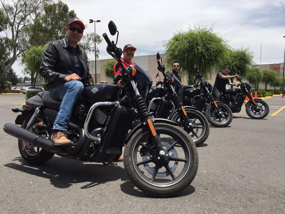 Harley-Riding-Academy-2016-1