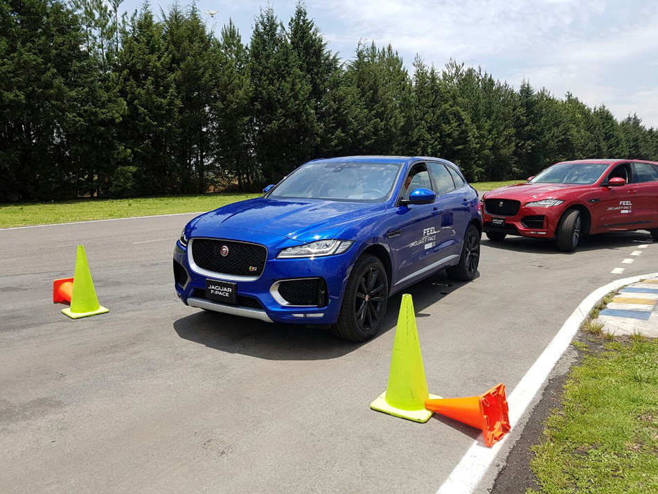 Jag-FPace-6
