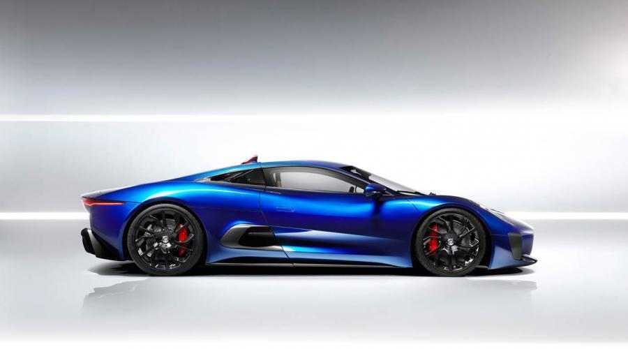 Dos eléctricos para Jaguar