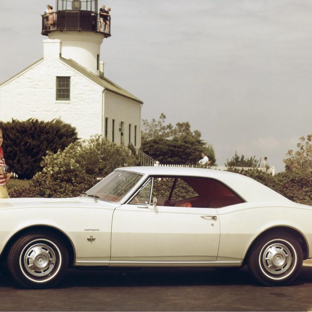 Chevrolet-Camaro-Sport-Coupe-1967