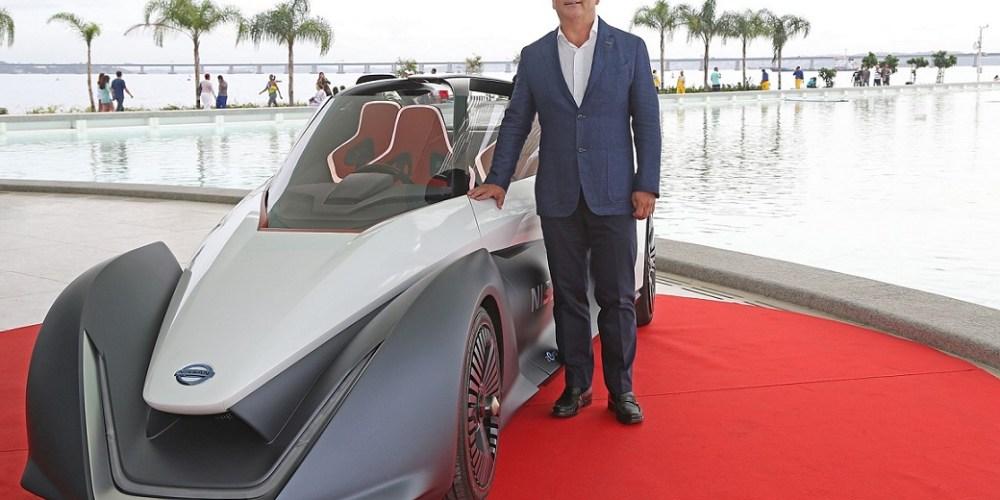Además de visitar Argentina y anunciar 800 millones de dólares de inversión, Carlos Ghosn, presidente de la Alianza Renault-Nissan, visitó Rio y presentó conceptos futuros de movilidad y atestiguó su gran patrocinio olímpico.