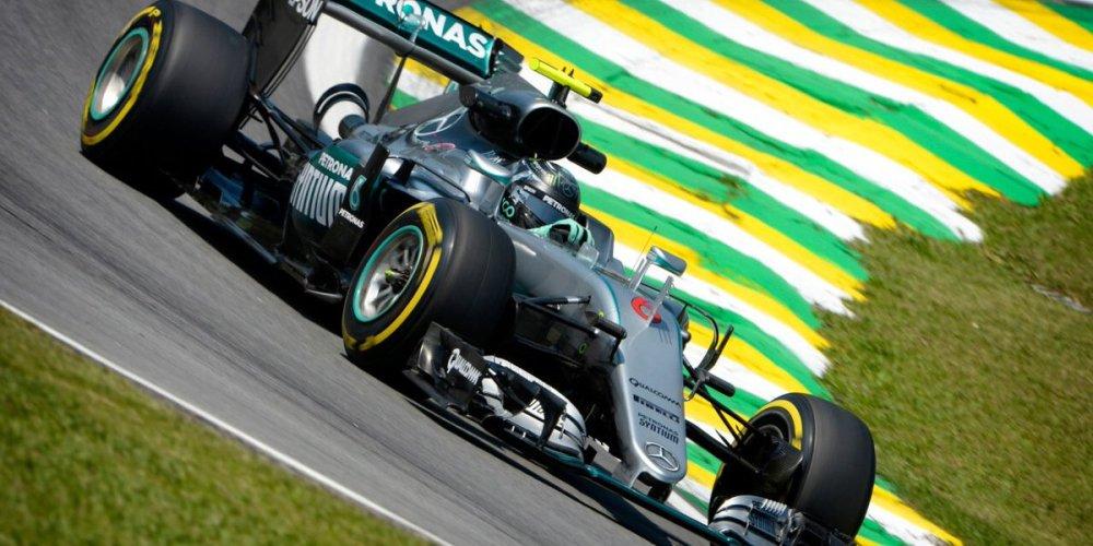 Electrizante pole de Hamilton en Brasil