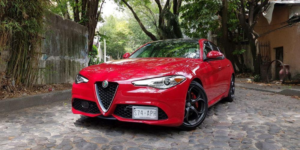 Bel Ragazzo: Alfa Romeo Giulia.