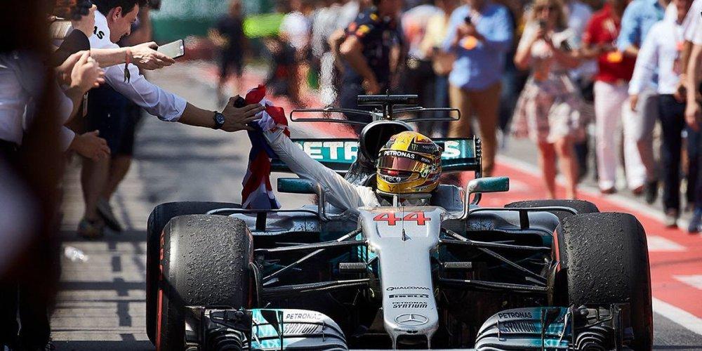Fin de semana de ensueño para Lewis Hamilton