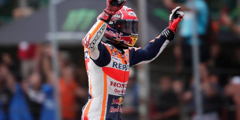 Márquez rompe con la maldición y gana en Brno