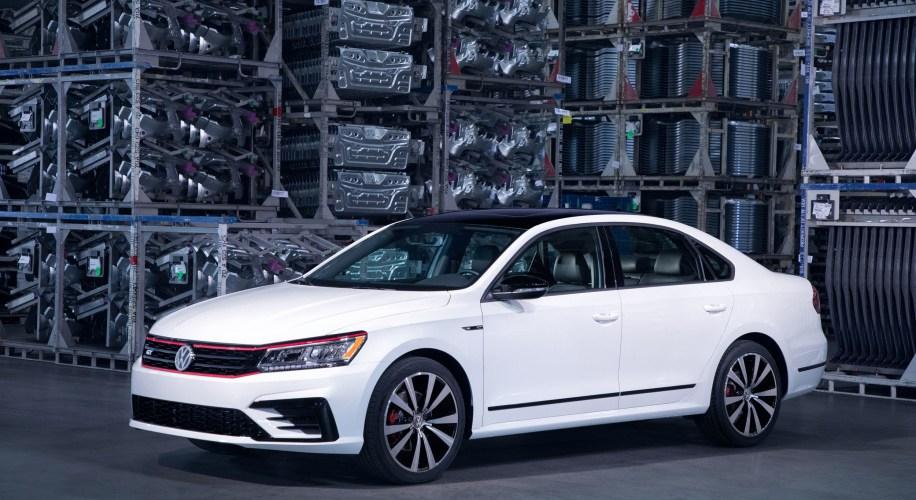 Diseño mucho más deportivo: Volkswagen Passat GT 2018 en Detroit