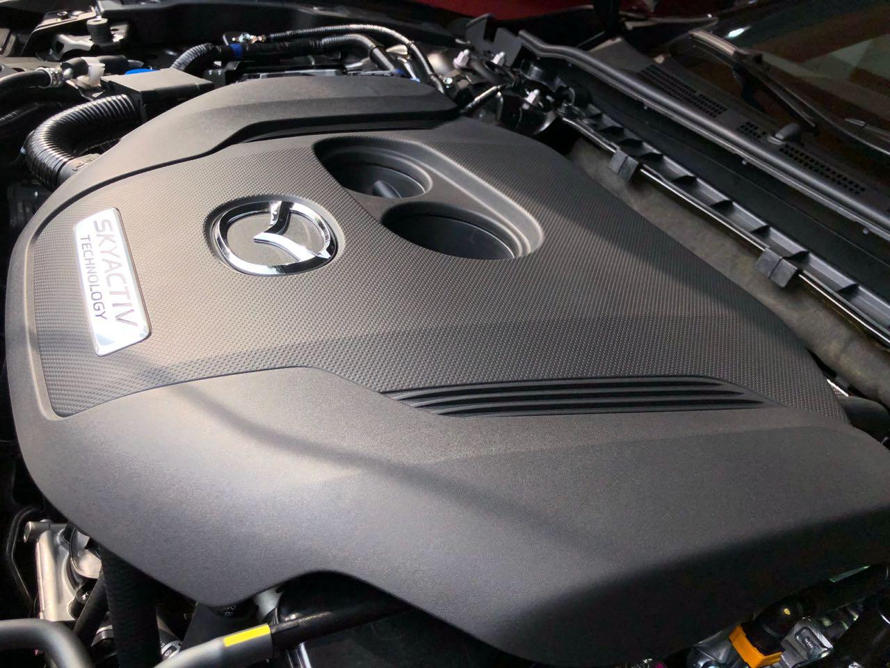 Motor Mazda 6