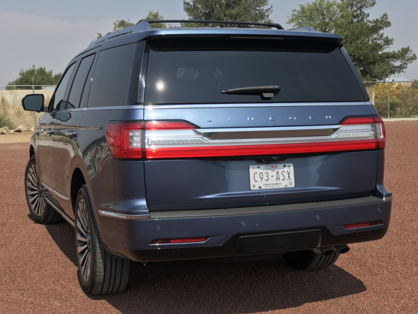 Lincoln Navigator 2018409