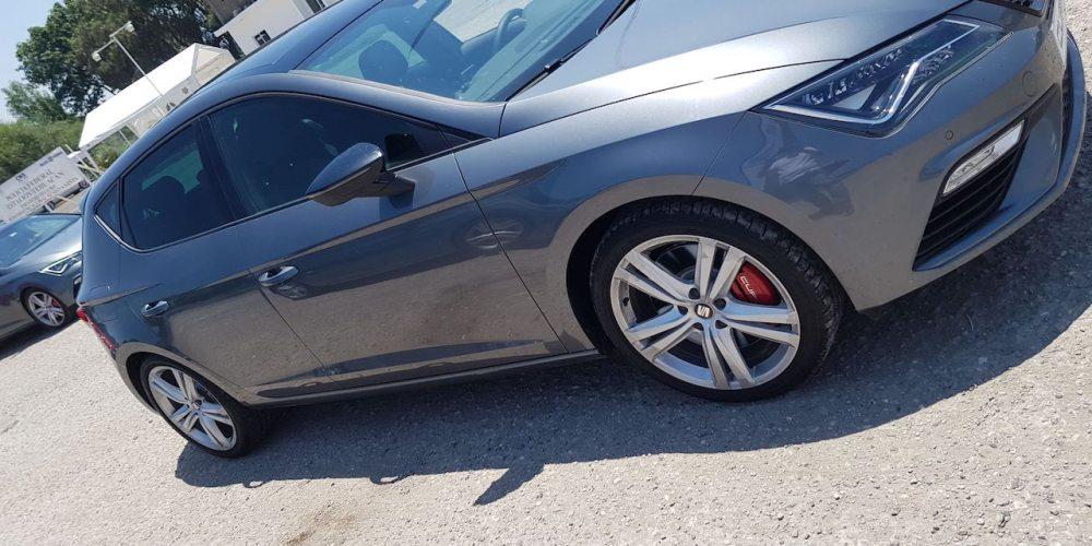 SEAT León CUPRA ahora se digitaliza y hace sentir sus 290 HP