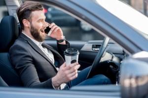 10 hábitos que te hacen un mal conductor