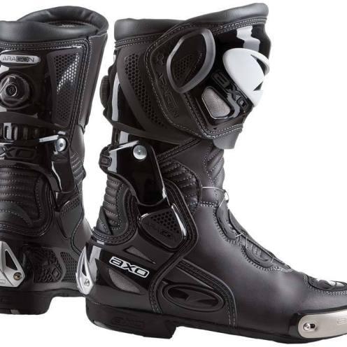 AXO-Aragon-botas-moto-motociclista-pista
