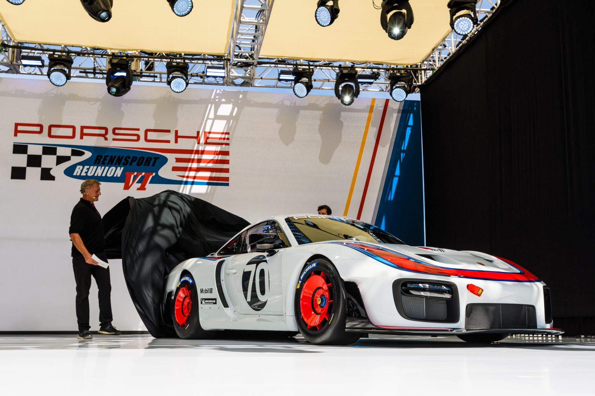 Porsche935Rennsport-2