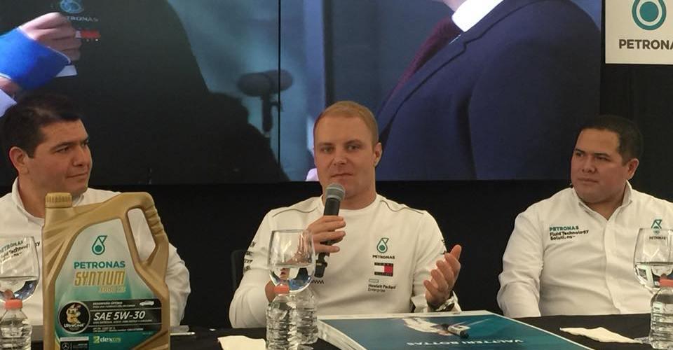 Valtteri Bottas llega a México de la mano de Mercedes-Benz y Petronas
