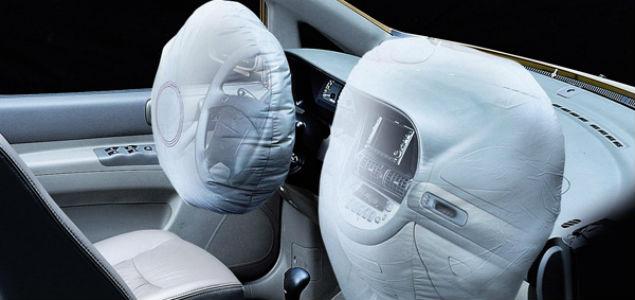 ¿Sabes cómo funcionan las bolsas de aire de tu auto?