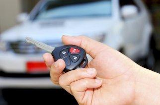 ¿De qué sirven alarmas para autos si al activarse no llama a los policías?