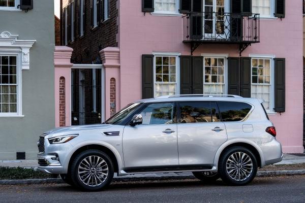 El lujo y eficiencia de las SUV de INFINITI