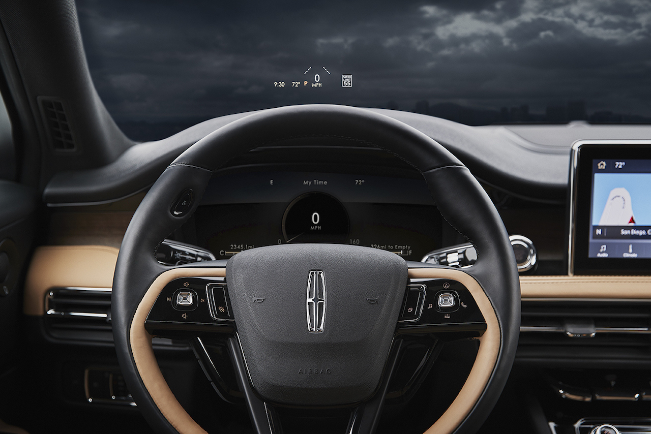 All-New-2020-Lincoln-Corsair_Interior-04_300-DPI