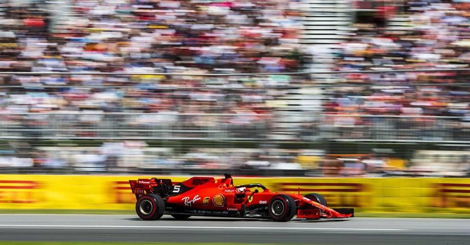 Vettel vence a Hamilton con su primera pole del año