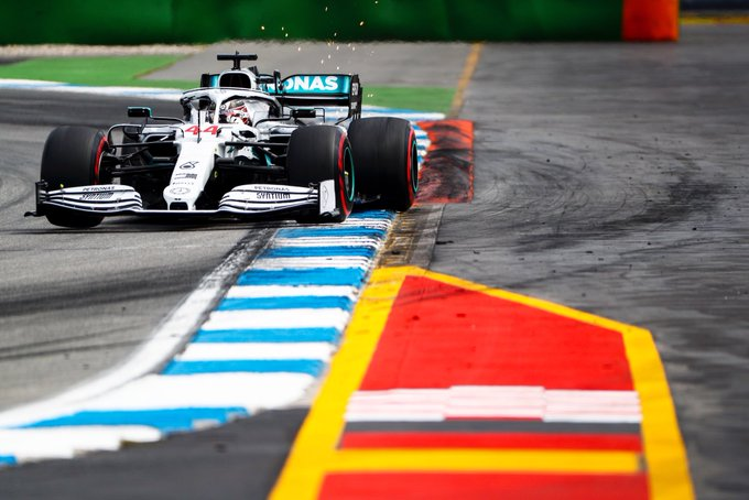 Hamilton logra la pole e iguala el récord de Schumacher