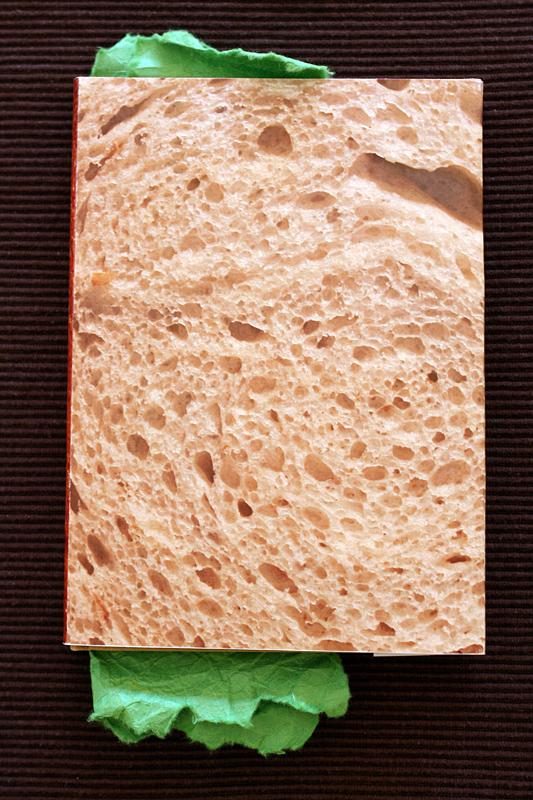 5_03-kanapka-ksiazka