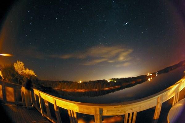 Perseid-Meteor-01