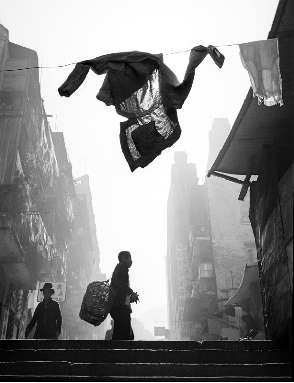 Street+Scenes+of+Hong+Kong+in+the+1950s+1
