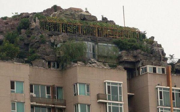 builds_mountain_apartment_block_05