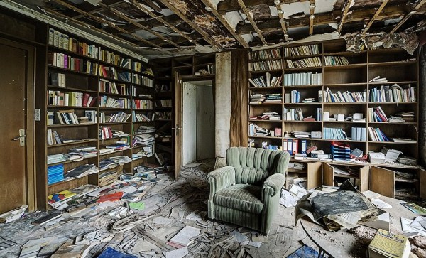doctors-abandoned-mansion-16