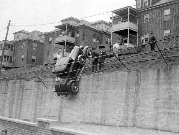 vintage-car-accidents-451