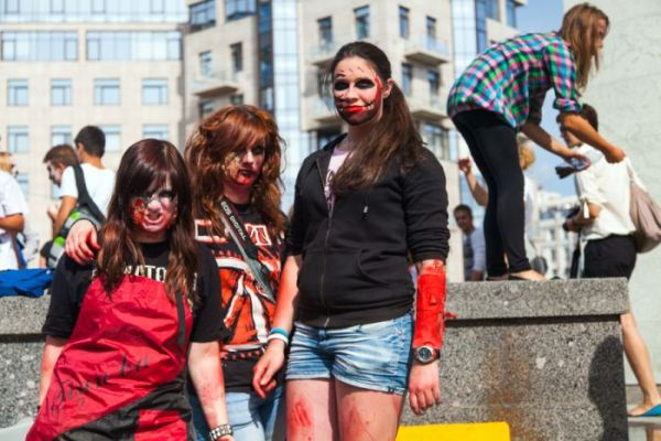 zombie_walk_st_petersburg_02