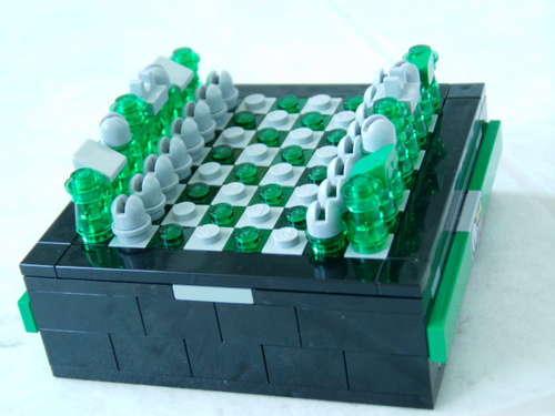 Put-It-Togetherlego chess pocket1