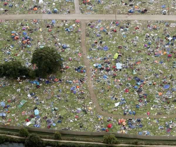 aftermath-of-a-music-festival-5