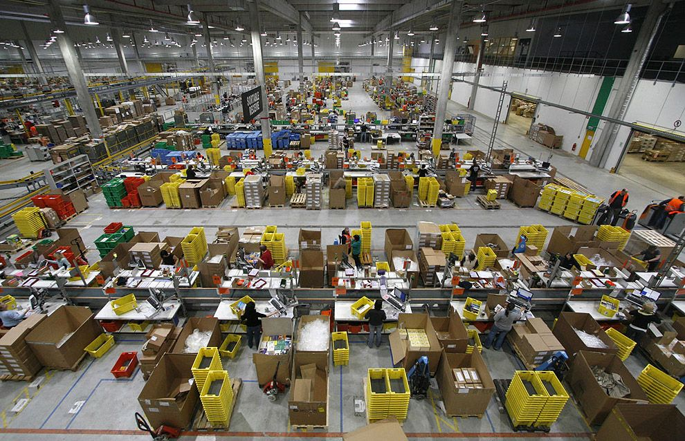 amazon s massive warehouses 15 pictures memolition. Black Bedroom Furniture Sets. Home Design Ideas