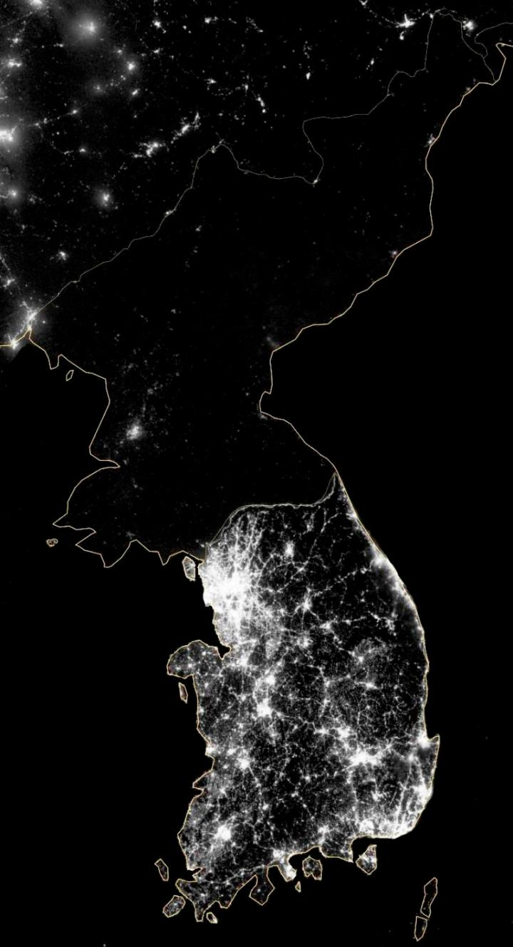 north-korea-south-korea-at-night