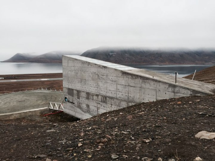 svalbard-doomsday-global-seed-vault-15